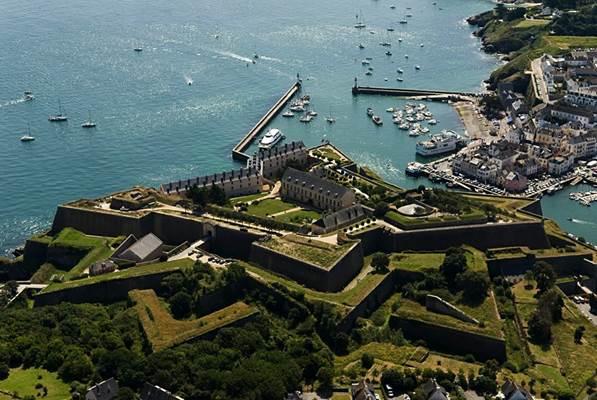 Citadelle Vauban - vue aérienne 1