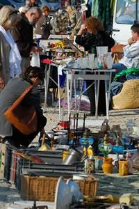 Vides greniers en Pays d'Uzès