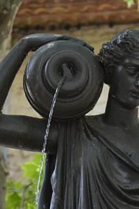Visites guidées Rendez-vous Uzès - Fontaines et lavoirs