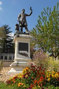 Statue Pasteur