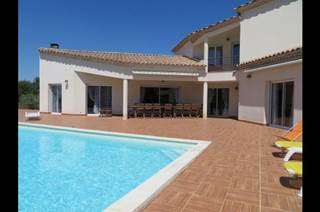 Spacieuse villa contemporaine entre Camargue et Cévennes, Nîmes et Montpellier