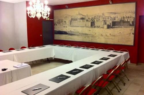 2012 Empire salle réunion ©