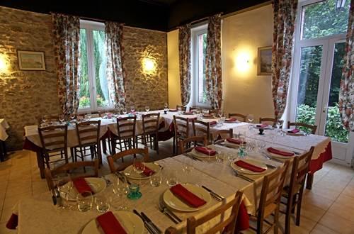 Table pour banquet ©
