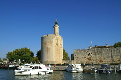 Aigues Mortes Tour Constance ©