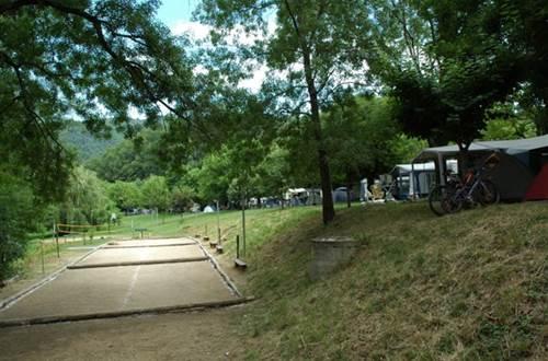 Boulodromme camping du VAL DE L'ARRE ©